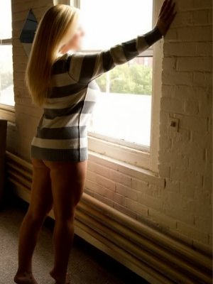 Hildegard incall escort & adult dating